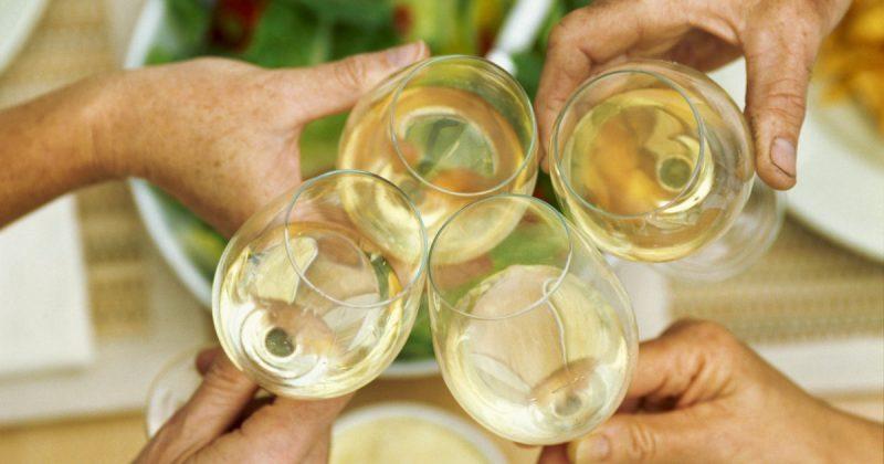 Белое вино из Изабеллы