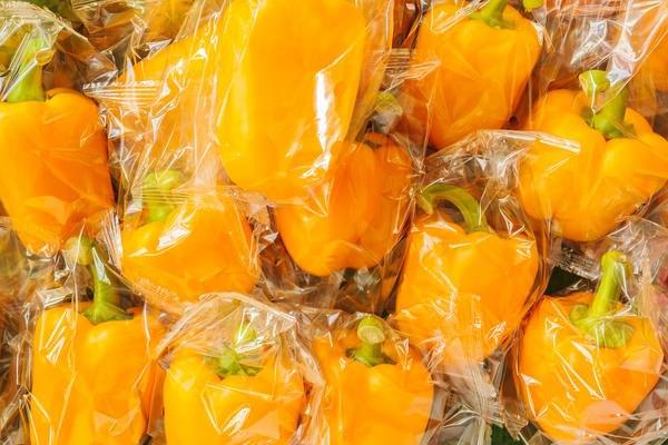 болгарский желтый перец в полиэтиленовых пакетах
