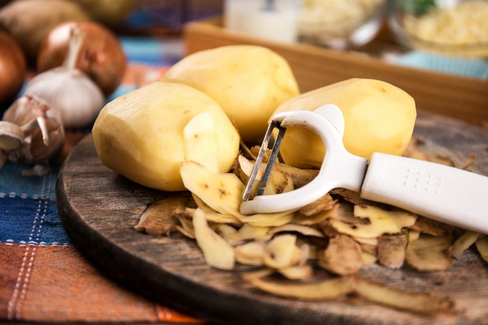 три починенных картошки