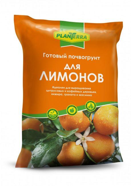 В магазине можно приобрести готовый грунт для посадки комнатных лимонов.