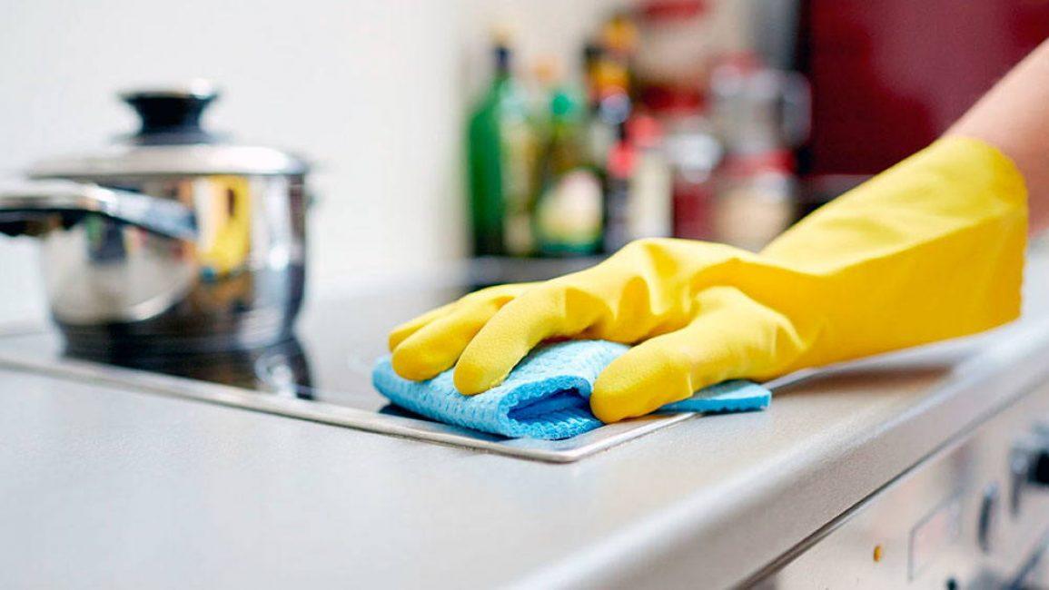 Чтобы муравьи не появились в доме, необходимо соблюдать чистоту