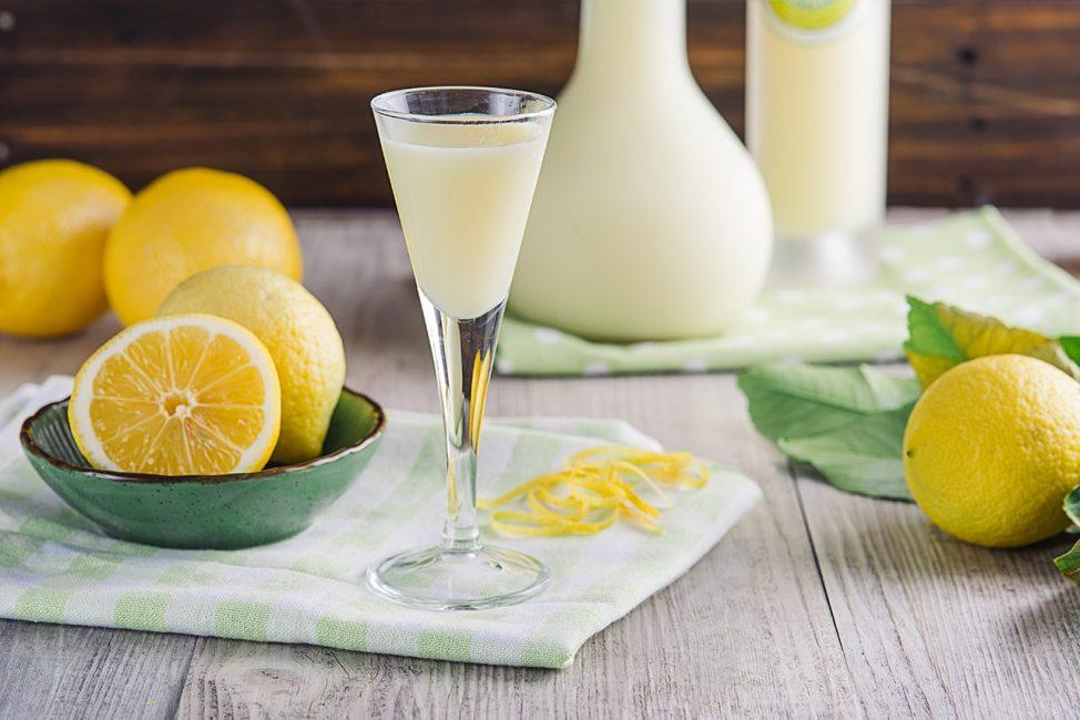 Лимонно-сливочный ликер с лимочелло