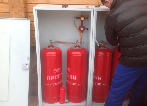 монтаж газового баллона в спец шкаф