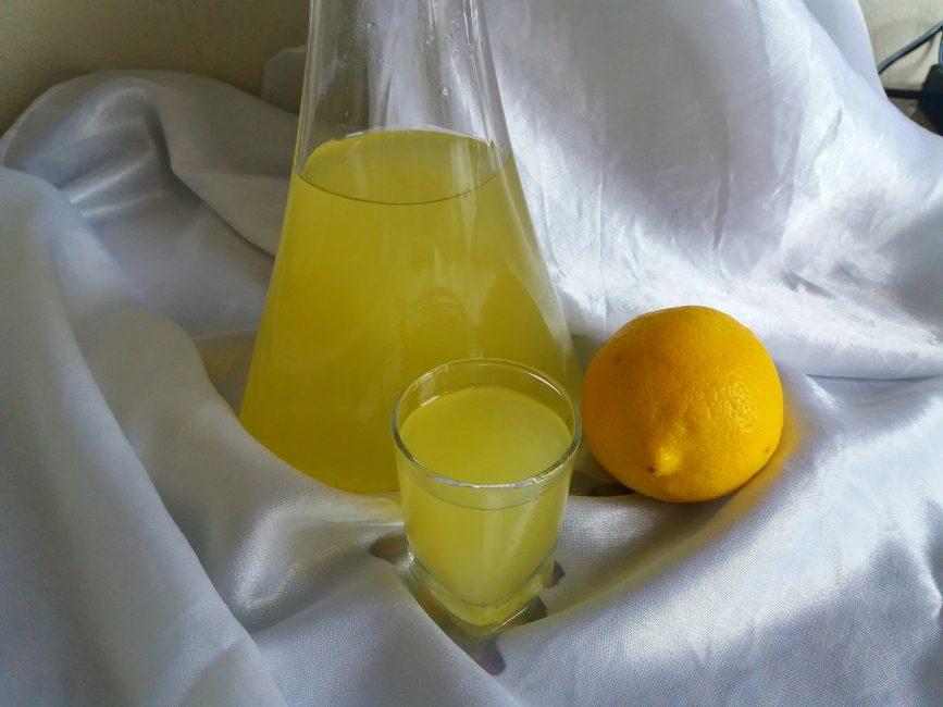 Лимонная настойка