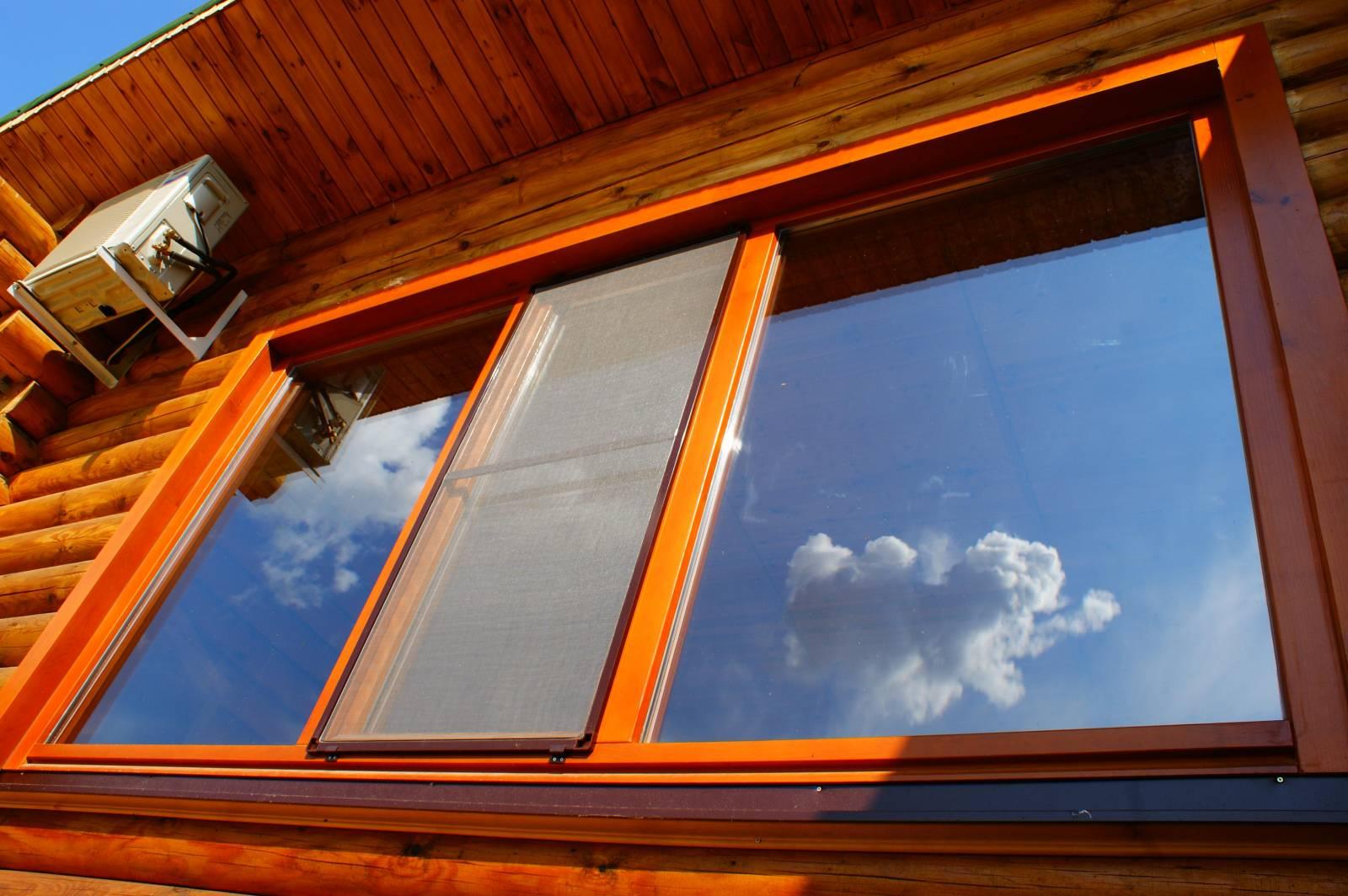 Пластиковые Окна в Деревянном Доме: Основные Моменты