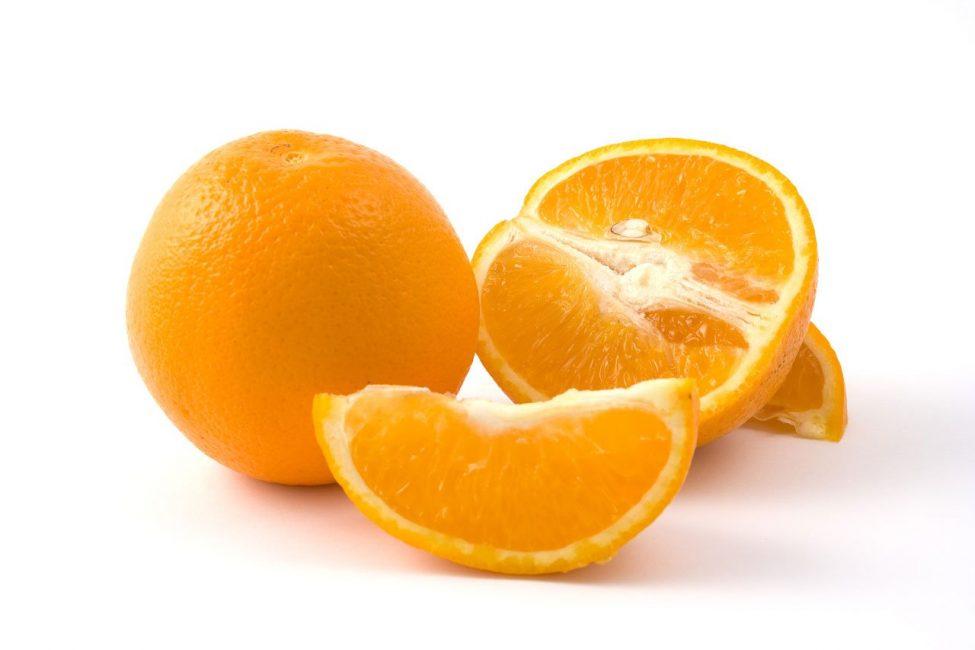апельсин разрезанный