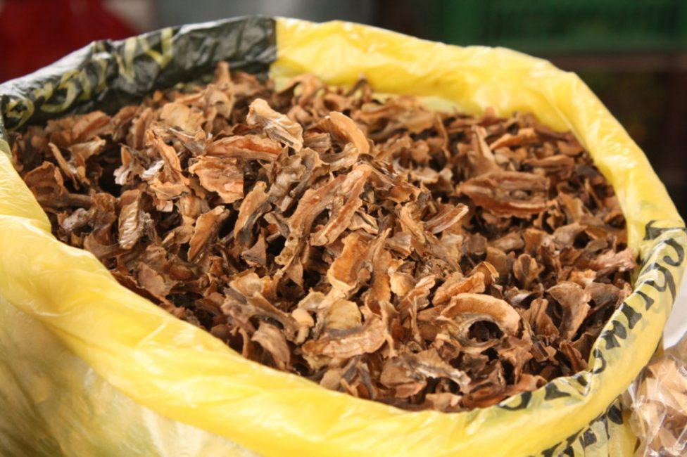 Есть множество рецептов приготовления настойки на перегородки ореха