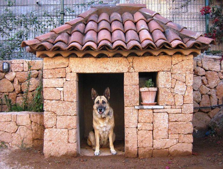 Монументальная будка из кирпича