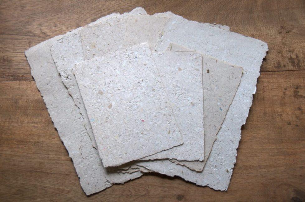 Бумага из слоновьих отходов