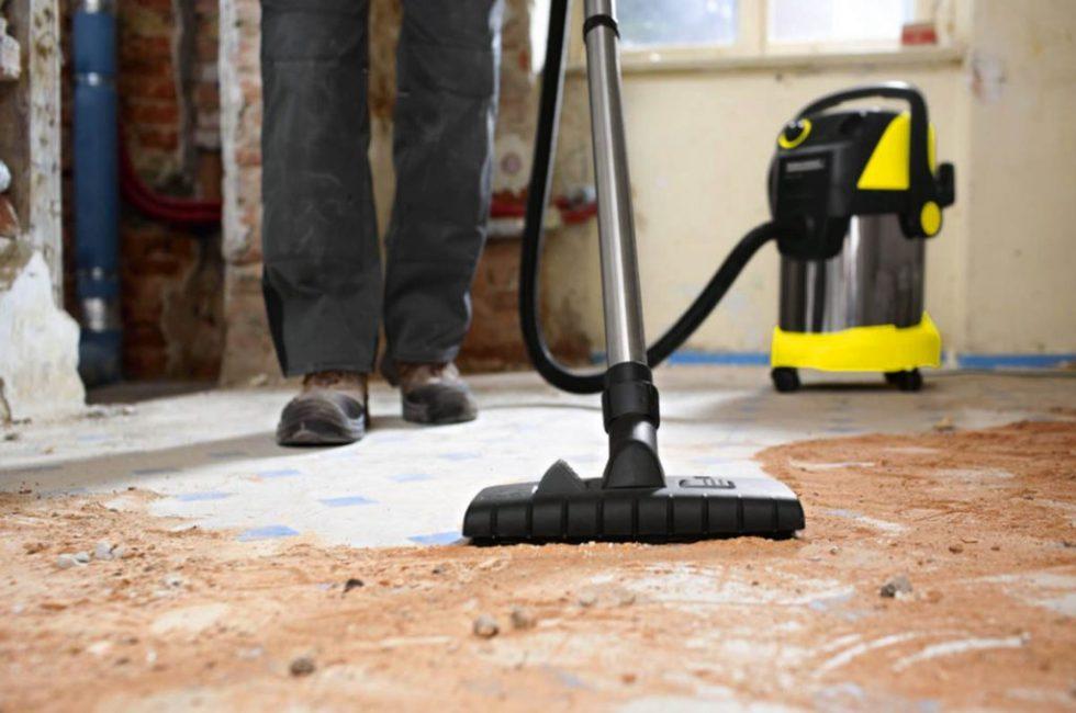 Во время ремонта нужно тщательно пылесосить поверхность