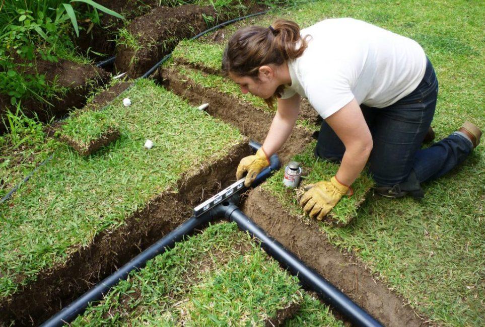 Монтаж системы подземного полива