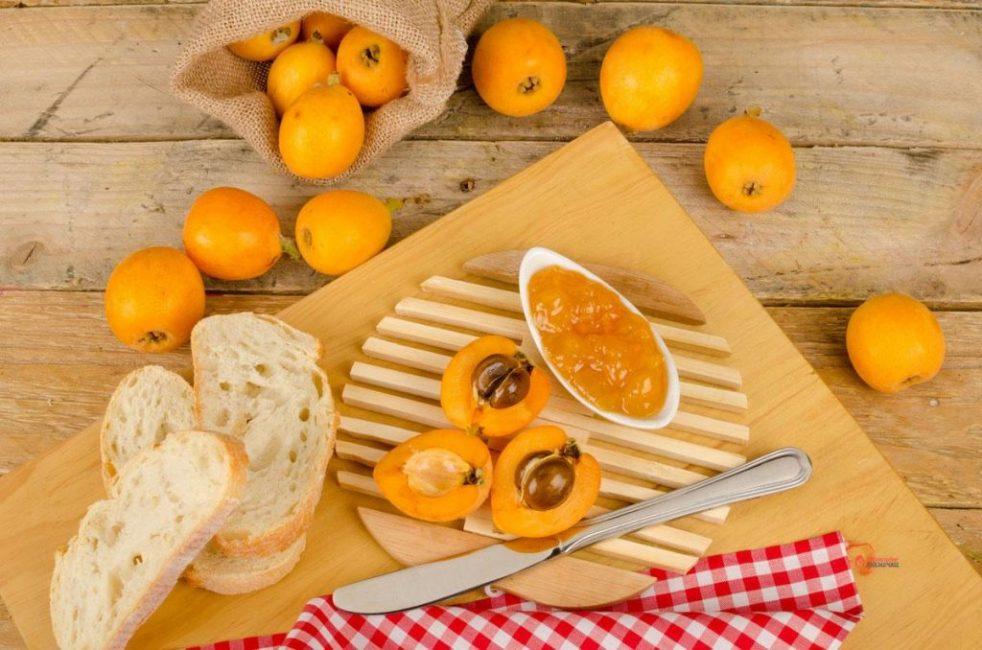 Мушмула широко используется в кулинарии многих народов мира