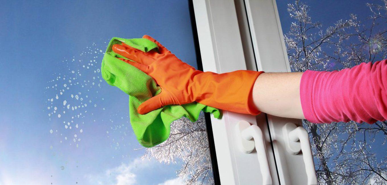 Правильно вымытые окна предотвратят образование конденсата. Но для этого нужен правильный раствор