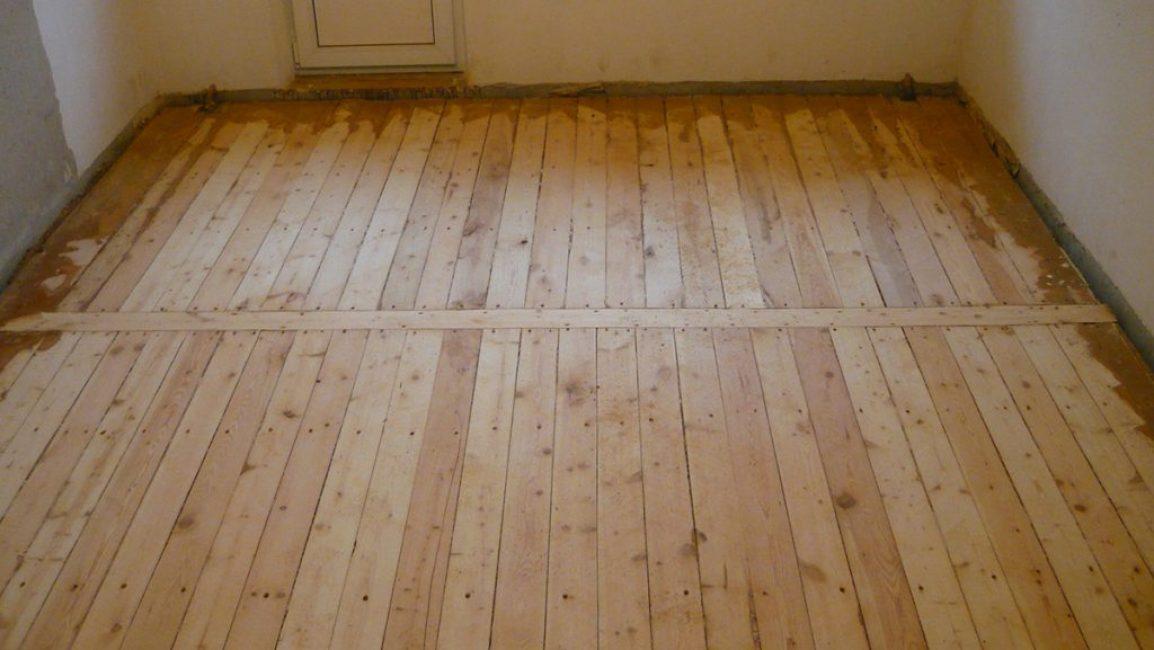 Старое деревянное покрытие