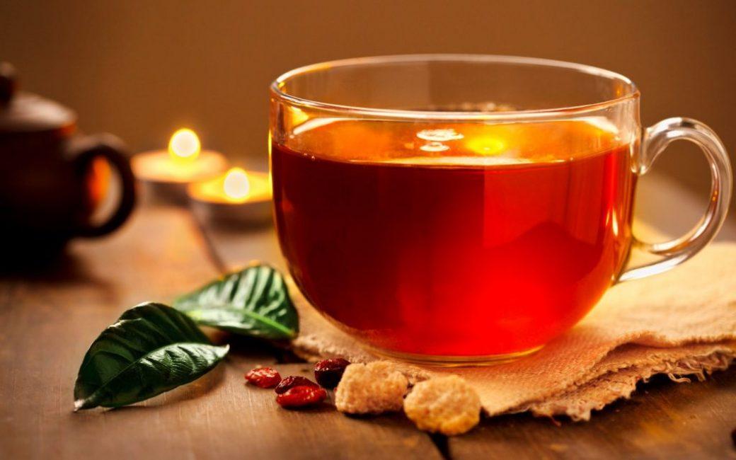 Цветочный чай помогает при простуде