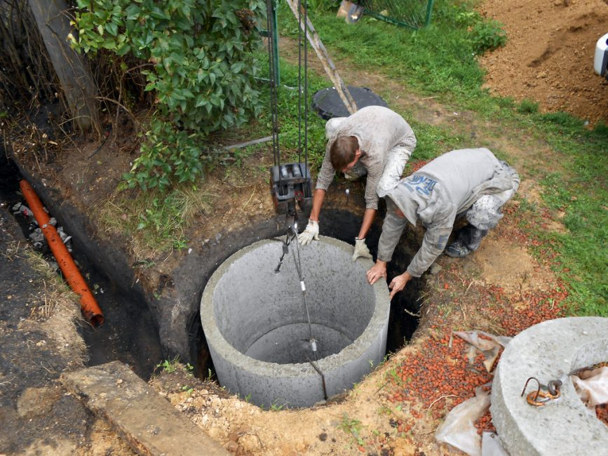 Монтаж бетонных колец