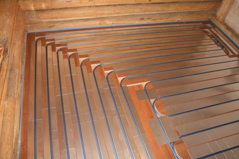 Укладка контура на деревянное основание