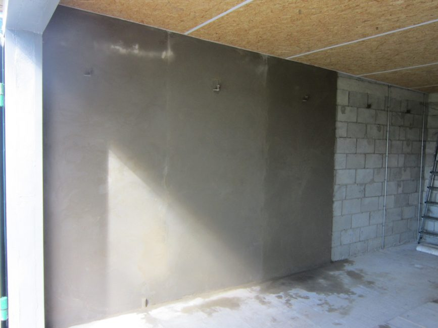 оштукатуривание стен гаража изнутри