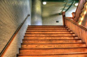 Деревянная лестница на второй этаж: виды, устройство, пошаговая инструкция изготовления своими руками (100+ Фото & Видео) +Отзывы