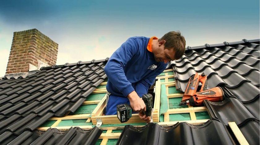 Как правильно устанавливать профнастил на крышу