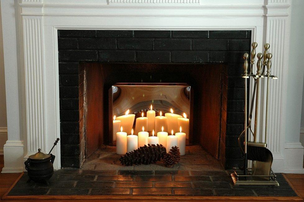 Свечи и зеркала в декоре