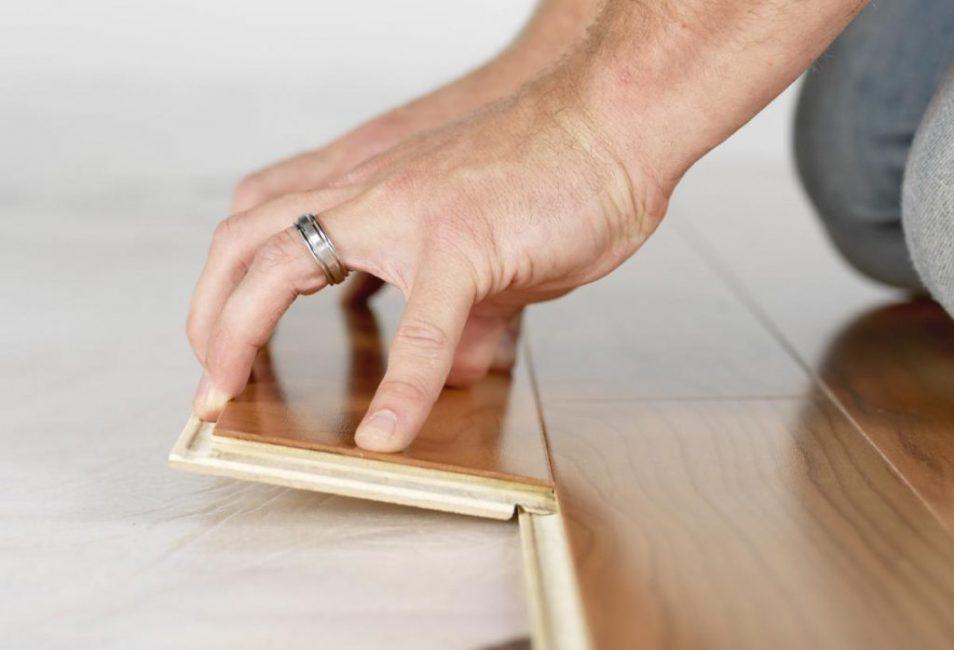 Подложка призвана гасить нагрузку на замки элементов ламината, продлевая тем самым срок его эксплуатации