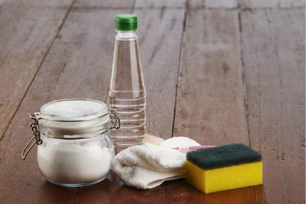 Сода пищевая и столовый уксус - лучшие помощники для уборки в санузлах