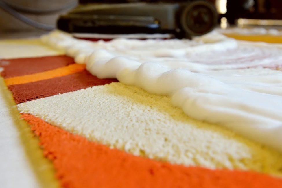 Ковровые покрытия, выполненные из различных материалов, нуждаются в особенном уходе