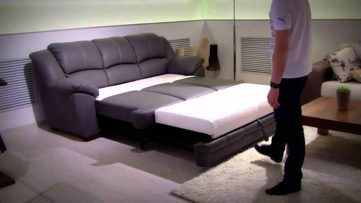 Спальное место с выкатным механизмом