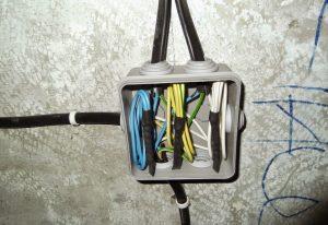 [Инструкция] Соединение проводов в распределительной коробке: типы соединений и их применение