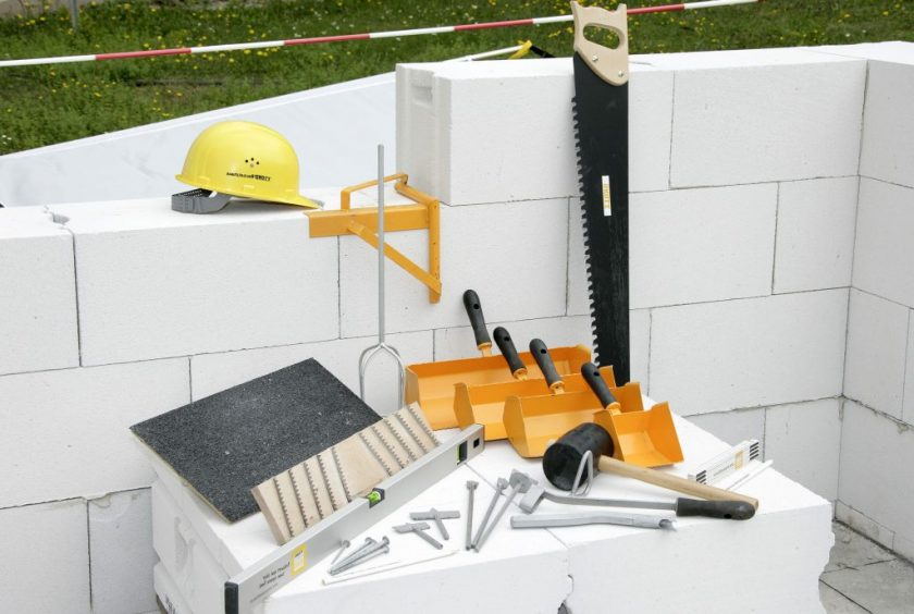 Дом из газобетона: обзор материала, достоинства и недостатки, строим своими руками (Фото & Видео) +Отзывы