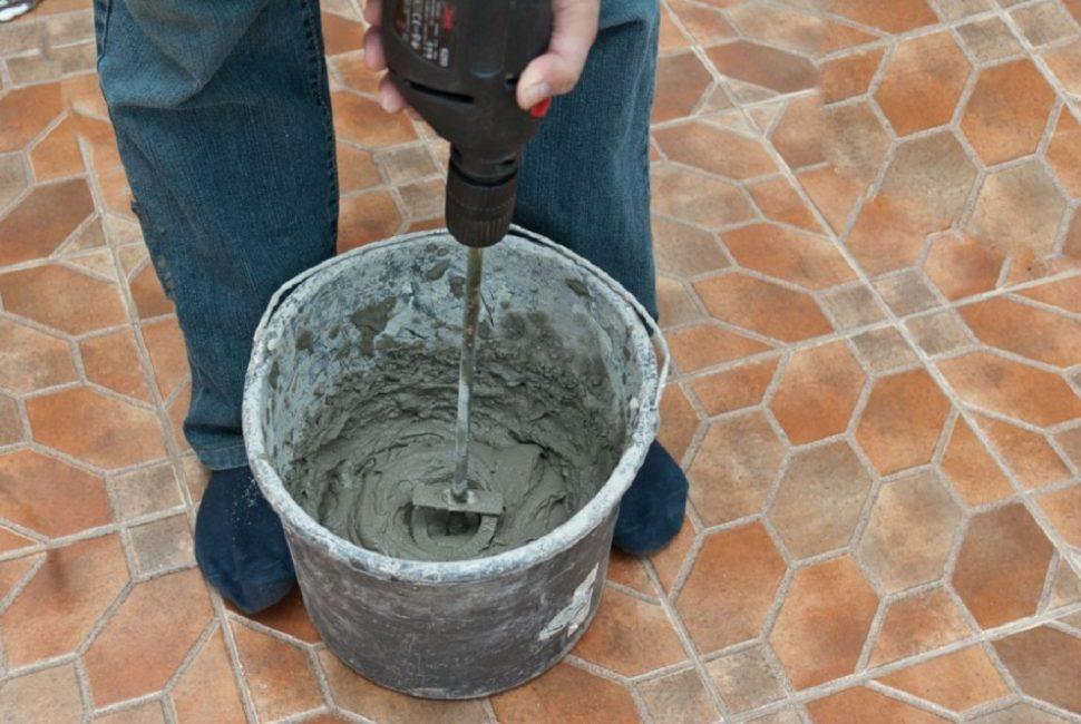 Выбираем между специальной смесью или простым цементом