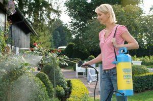 ТОП-10 Лучших садовых опрыскивателей: подборка моделей для домашнего использования +Отзывы