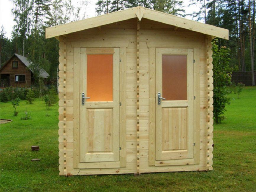 Двухместный туалет