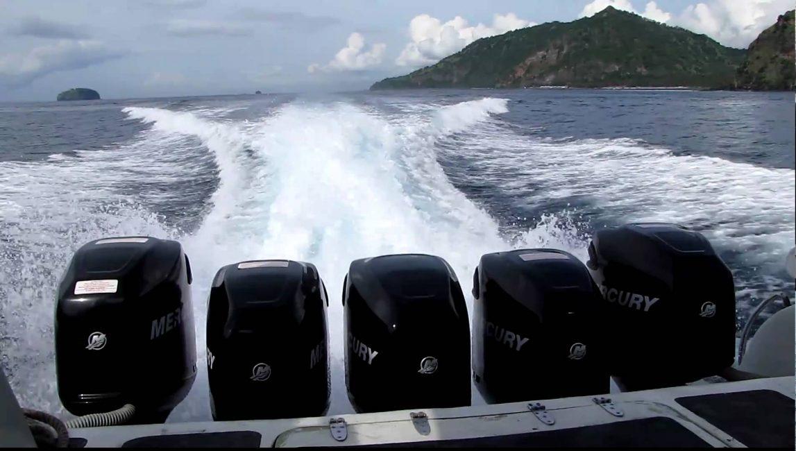 Чем мощнее двигатель, тем быстрее и ровнее будет двигаться лодка