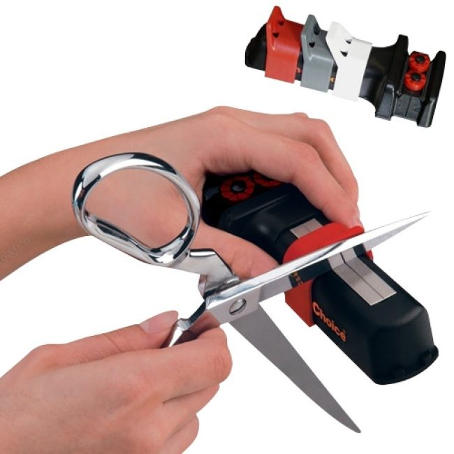 Помимо ножей затачивать режущие части можно и у ножниц