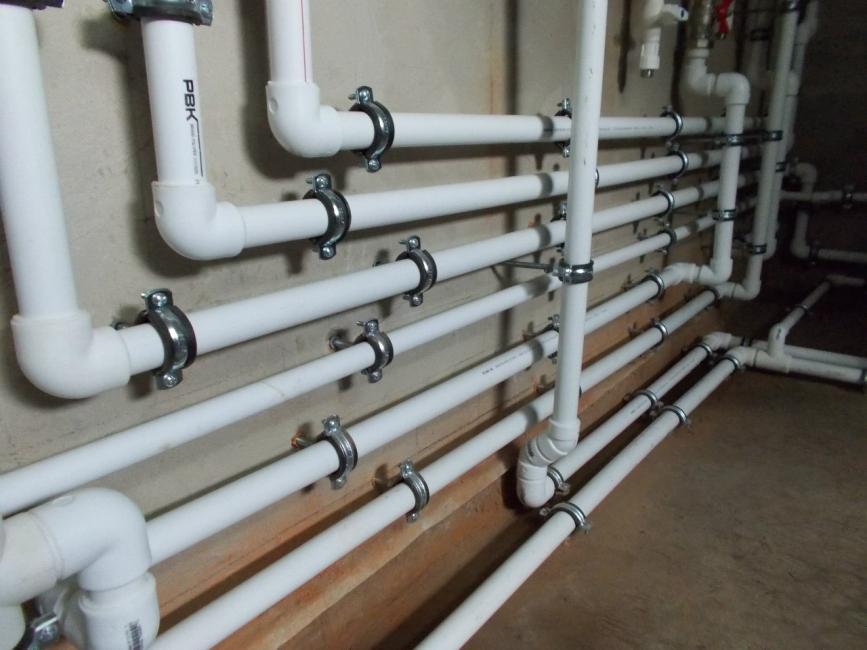Организация трубопроводной системы с изгибами и поворотами