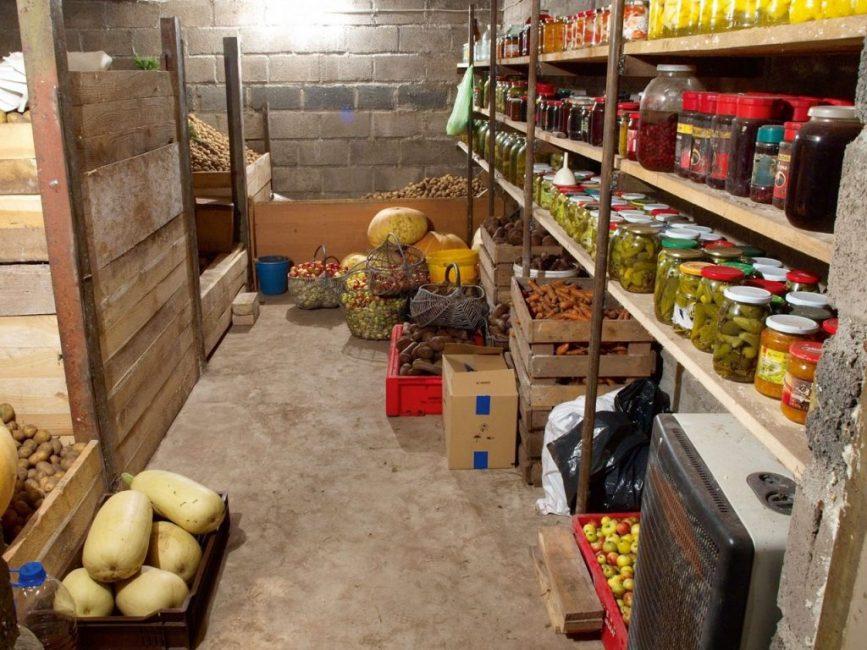 Подвальные помещения - идеальная среда для хранения продуктов