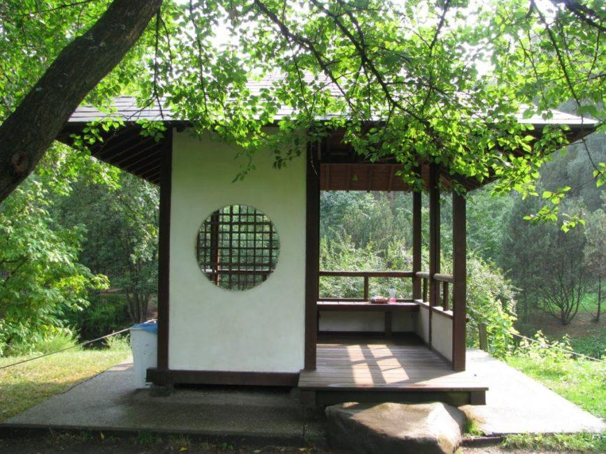 Зона отдыха в японском стиле