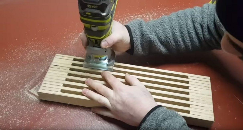Снятие фаски с рёбер подставки при помощи электрического инструмента