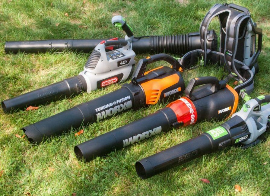 Вес, мощность и удобство управления – главные критерии при выборе надёжной воздуходувки для сада