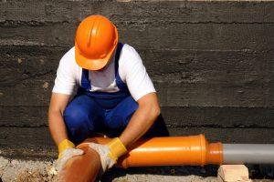 Какой уклон канализационной трубы должен быть в частном доме или квартире? | Описание для труб диаметром 50, 110, 160 и 200 мм [Инструкция]