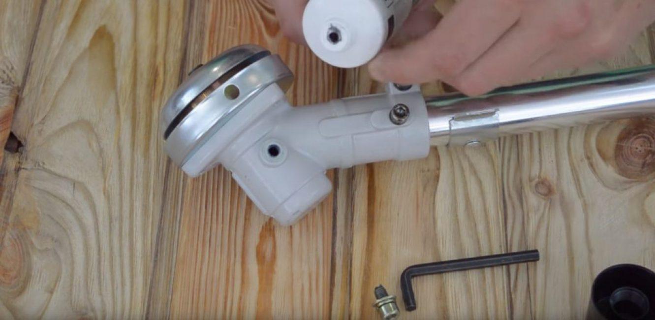 Диаметр тюбика со смазкой не соответствует диаметру редуктора