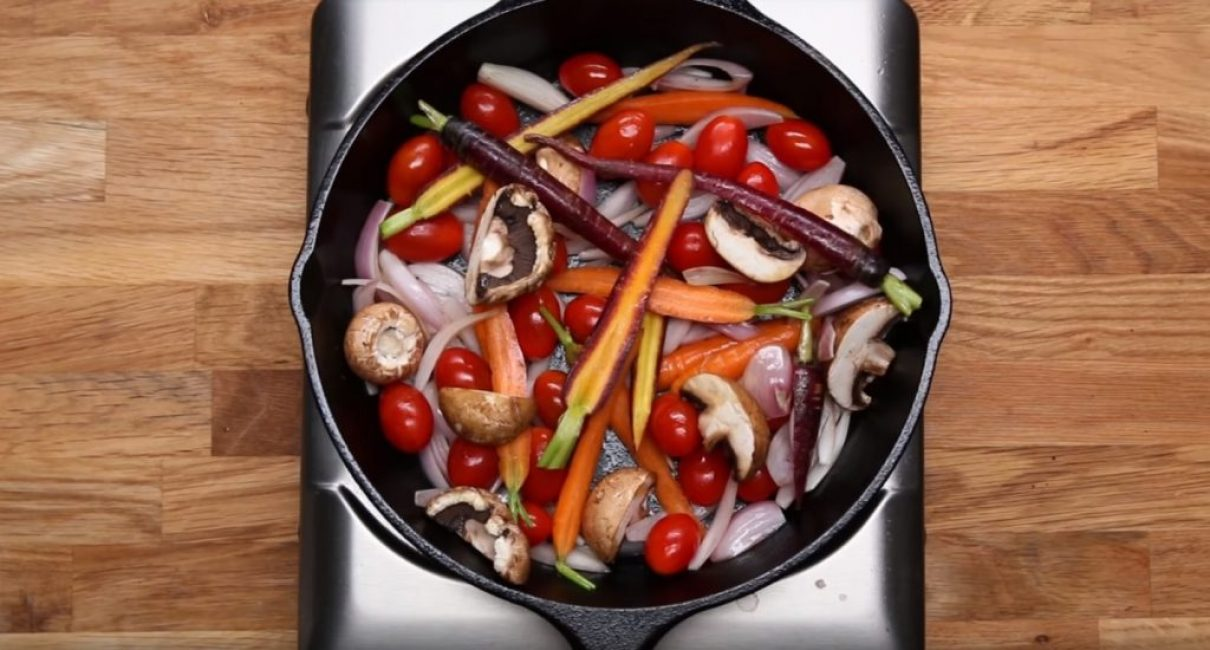 Обжарка овощей в сковороде