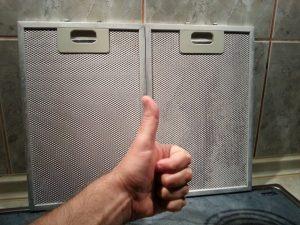 Как быстро очистить решетку кухонной вытяжки от жира: пошаговая инструкция | (Фото & Видео)