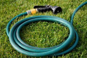 Как починить садовый шланг: описание ключевых моментов, пошаговая инструкция | (Фото & Видео)