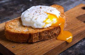 Как приготовить яйцо пашот в домашних условиях: 2 простых способа | (Фото & Видео)
