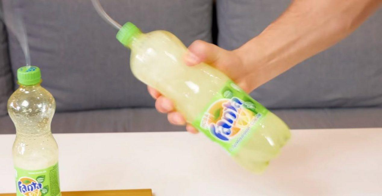 Перед открытием большой бутылки её следует немного потрясти