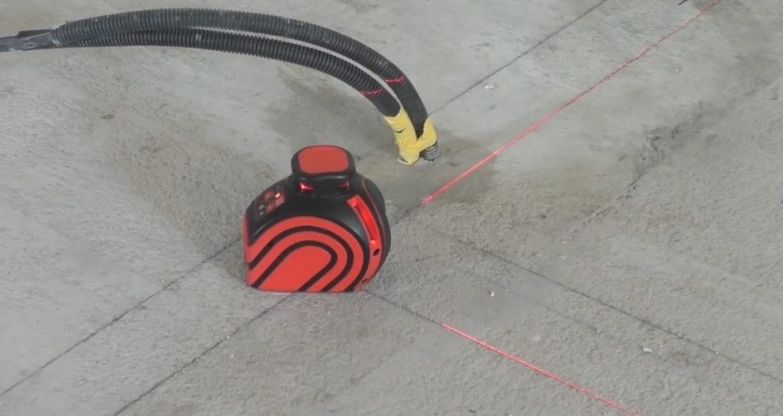 Прямой угол с помощью лазерного нивелира