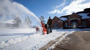 ТОП-18 Лучших снегоуборщиков, которые очистят участок от сугробов за минуты | Рейтинг 2019 года +Отзывы